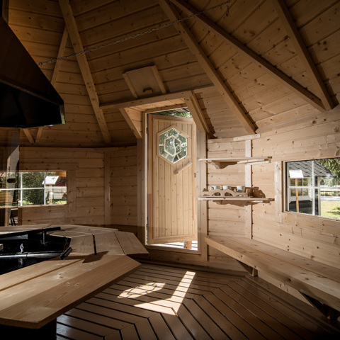 sauna exterieur finlandais bois meg ve sauna installation de sauna professionnel sur lehmus. Black Bedroom Furniture Sets. Home Design Ideas