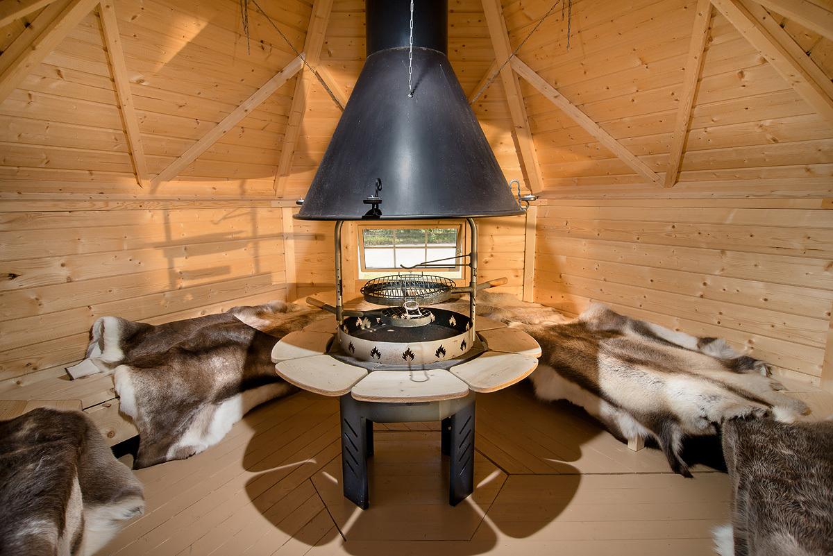 le kota grill finlandais 9,2m2 avec barbecue et le kota finlandais 9